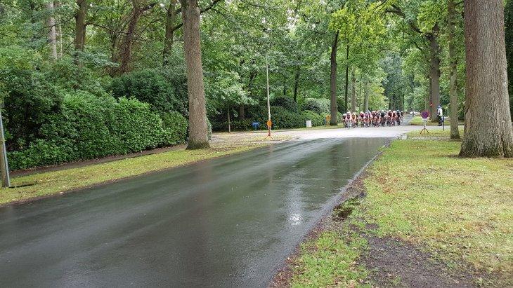Wielerwedstrijd voor Dames Internationaal & Nationaal Memorial Marc Van Beek 1