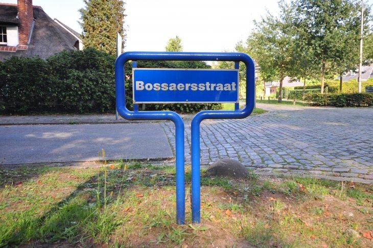 Straatnaambord: Bossaersstraat