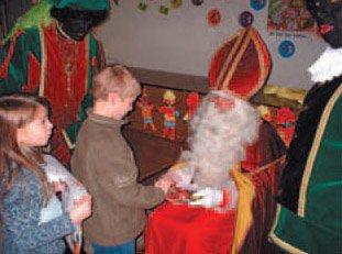 Sinterklaas op bezoek in Mater Dei Maria-ter-Heide