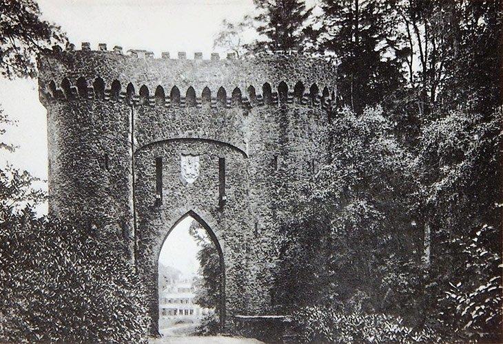 Torenpoort De Mik