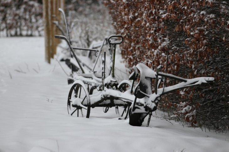 Sneeuw in Maria-ter-Heide (Kinderboerderij Mikerf)